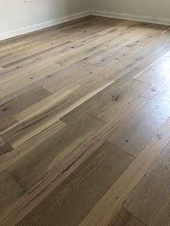 Bas Hardwood Floors